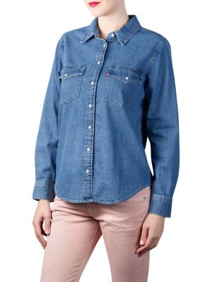 Levi's Essential Western Shirt going steady