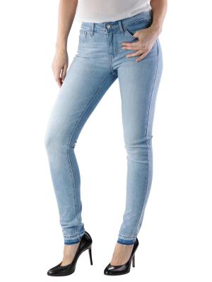 Levi's 711 Skinny Jeans to the wire