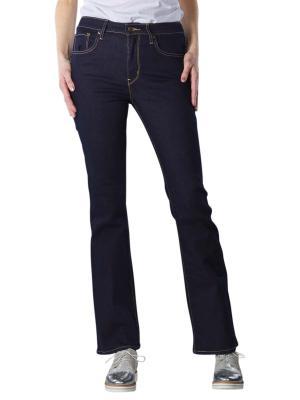 Levi's 725 Jeans Bootcut Fit cast shadow