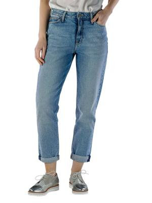 Lee Mom Straight Jeans get light